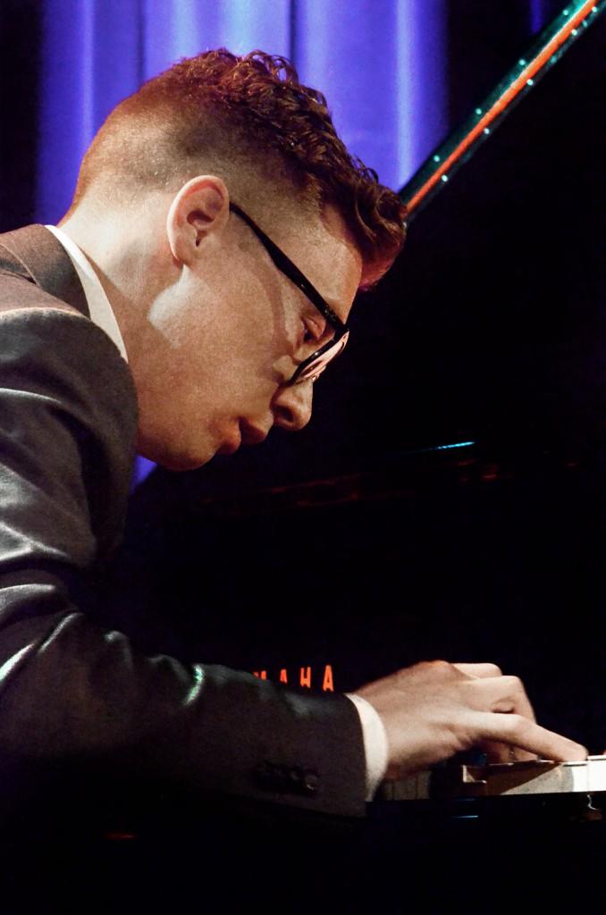 Jacob-Bedaux-piano-678x1024 Memorabel concert van  bandeloze avonturier