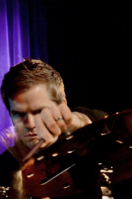 Ross-Pederson-slagwerk Nir Felder ís absoluut de  volgende grote jazzgitarist