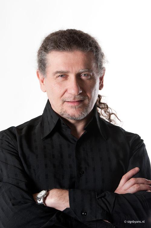 Javier Girotto.