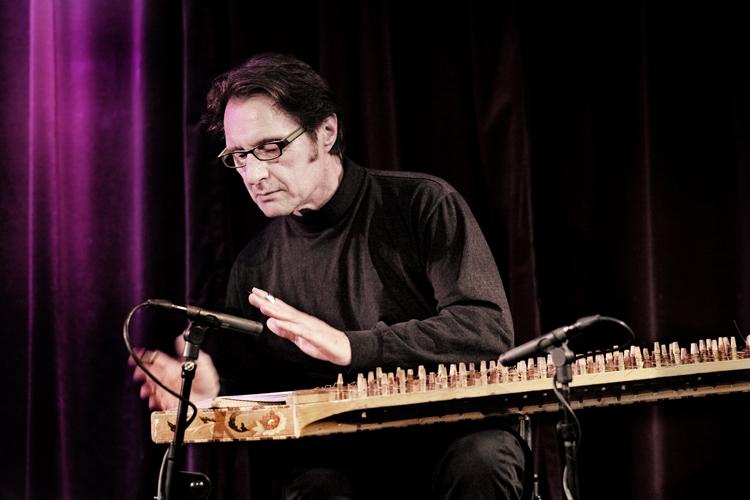 Kostas-Vomvolos Nacht van de Jazz in Paradox eigenzinnig gerealiseerd