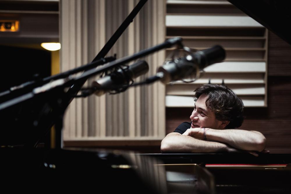 10005-Thomas-Enhco-copyright-Maxime-de-Bollivier Thomas Enhco wil de piano als orkest laten klinken