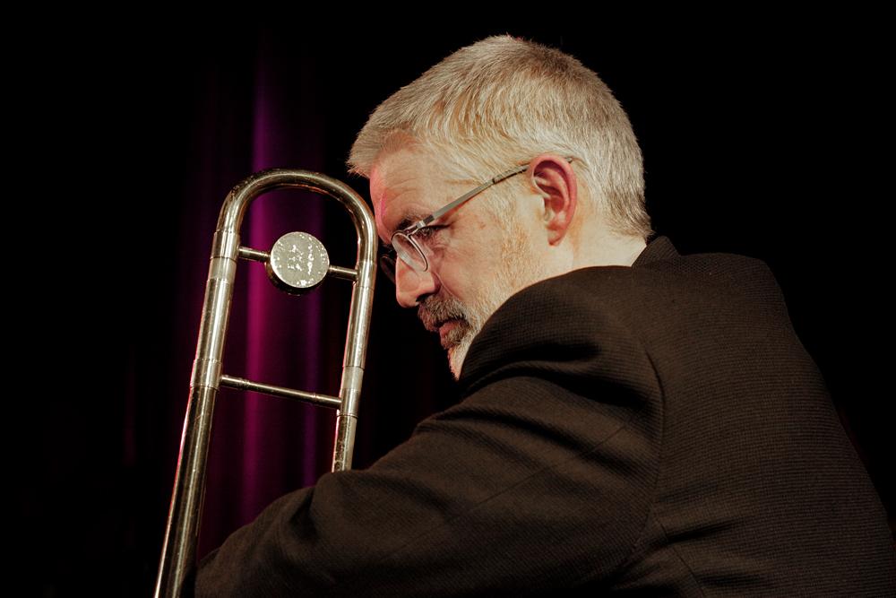 trombone Van Binsbergen Playstation verrukt en fascineert