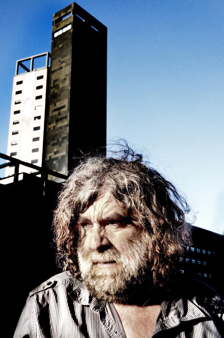 Albert Siebelink tijdens het Gipsy Festival 2014 in de Interpolistuin. Foto Gemma van der Heyden