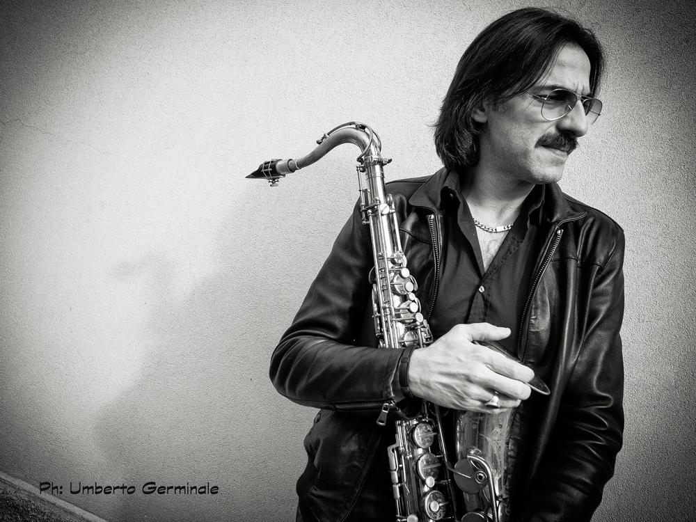 MaxIonata_umberto-germinale Tenorsaxofonist Max Ionata hoor je niet klagen, echt niet!