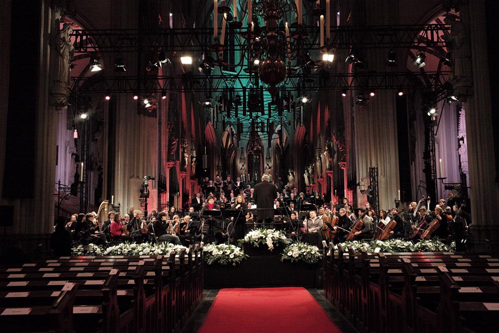 Orkest Jheronimus Bosch donderend ten hemel gevaren