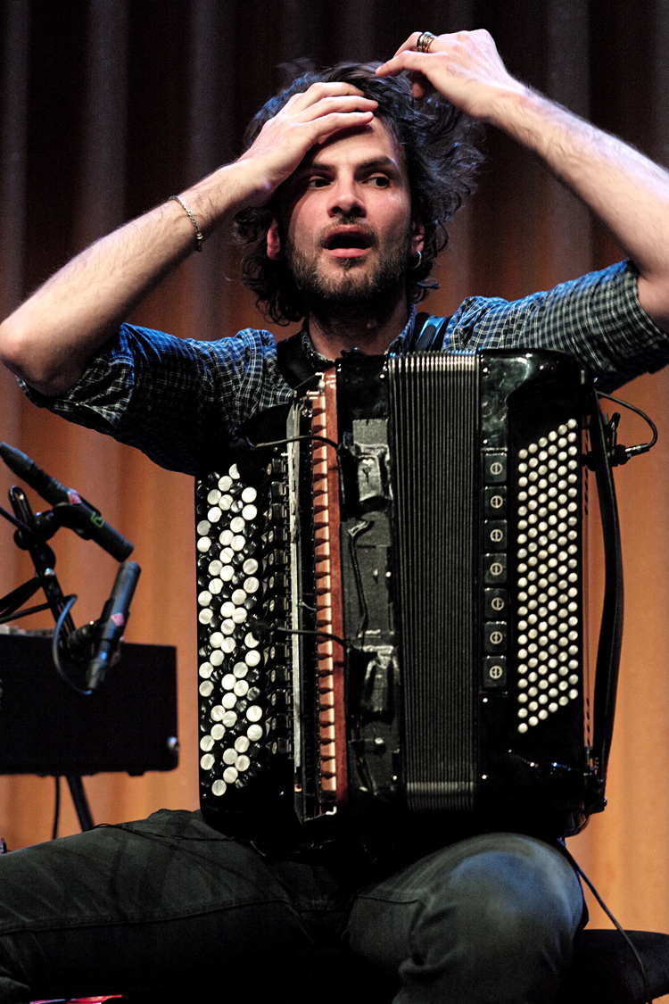 Peirani Schitterende editie November Music sluit subliem af