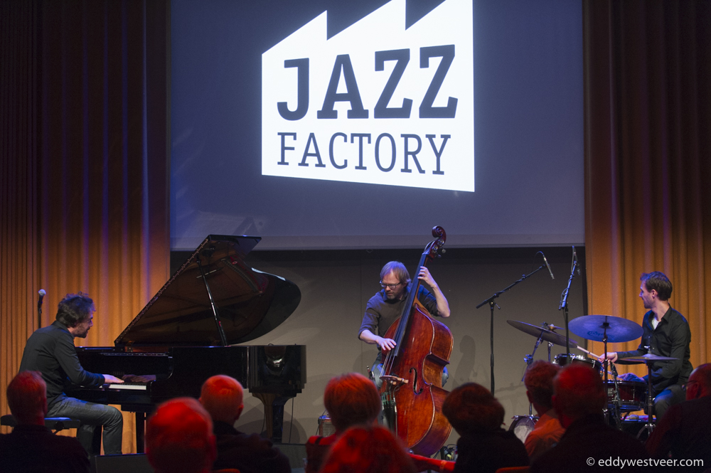 JAZZ-FACTORY-VERKADEFABRIEK-20161211_EWS3625-PHOTO-Make-A-Memory Koekjes van Verkadefabriek verglijden in jazzconcerten