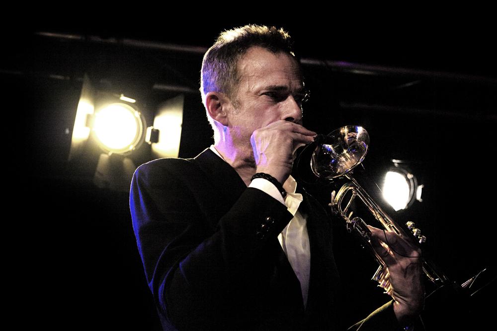 Pete-Judge-Foto-Gemma-van-der-Heyden-JazzNu.com_ Get The Blessing drijft op sterk ritmische patronen