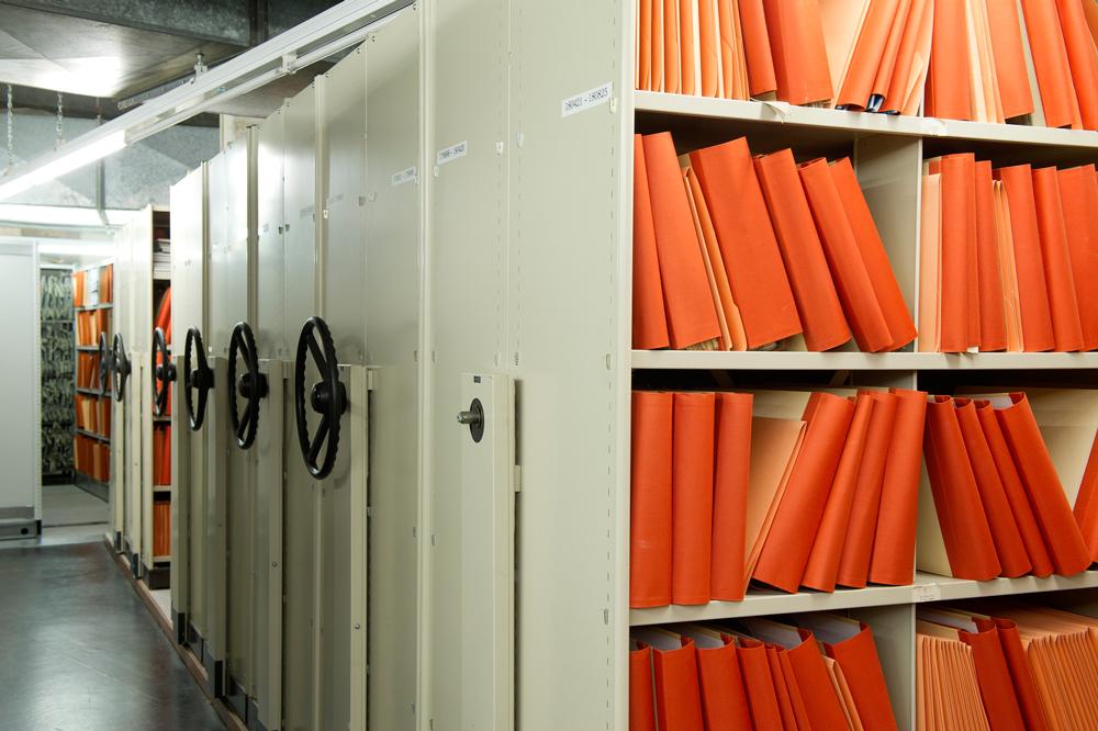 Bibliotheek-Hilversum-2-Foto-Joyce-Vanderfeesten Subliem boek Jacqueline Oskamp over muziekarchieven