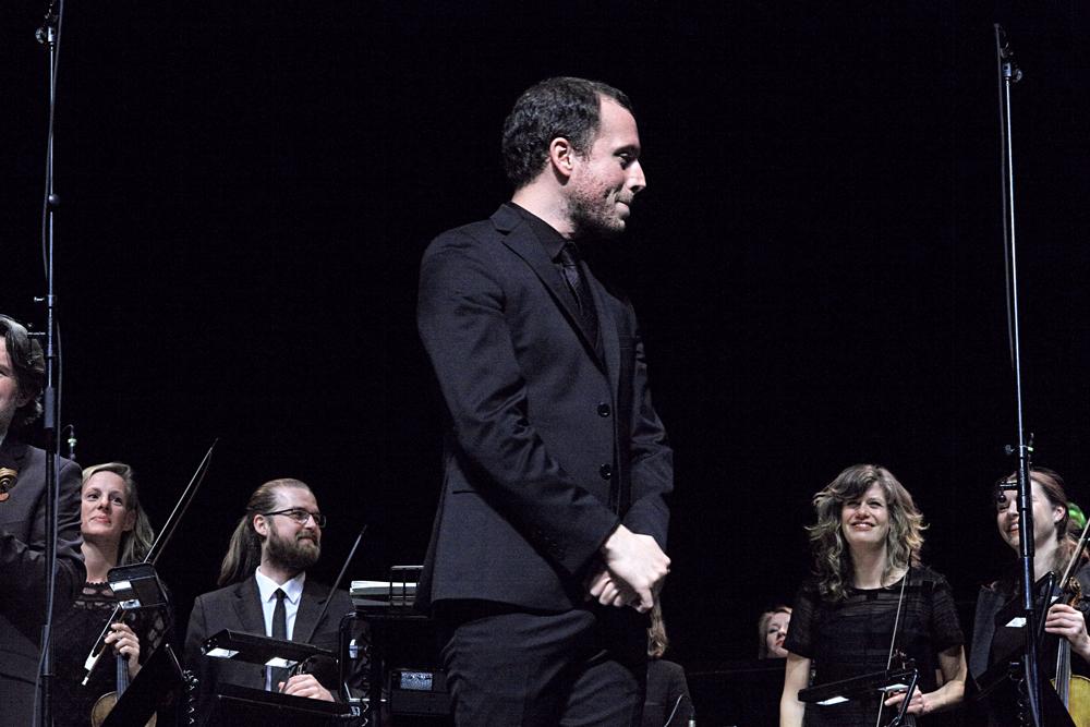 Mathieu-Romano-Foto-Gemma-van-der-Heyden-JazzNu.com_ Opening November Music groots en triomfantelijk