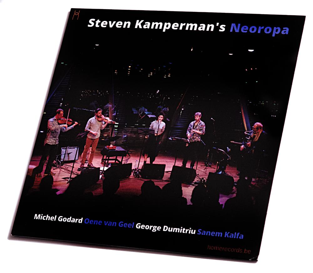Steven-Kamperman-Neoropa Steven Kamperman's Neoropa heeft lak aan tijdsgrenzen