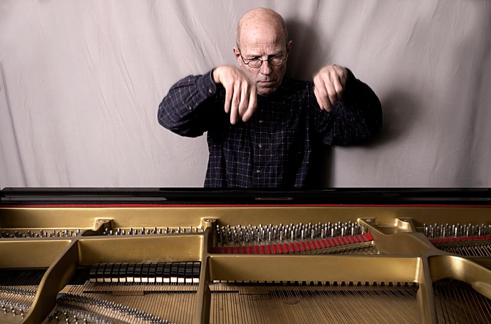 Guus-Janssen1-Foto-Gemma-van-der-Heyden-JazzNu.com_ Guus Janssen houdt van muziek met twijfels