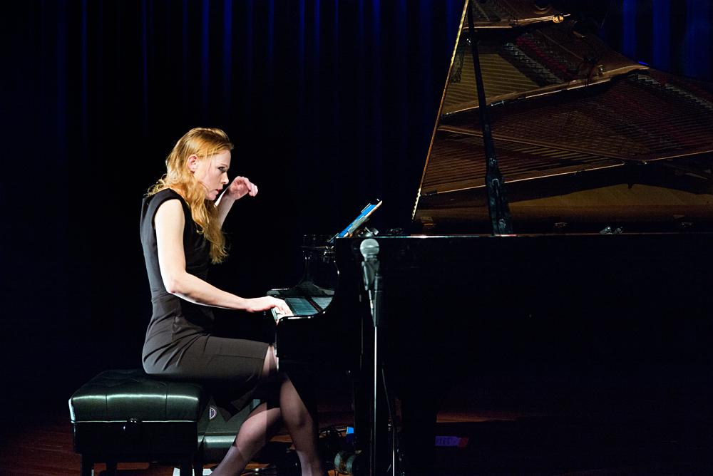 Saskia-Lankhoorn-Foto-Gemma-van-der-Heyden-JazzNu.com_ 'Sound of Europe' luxe bonbon in gouden wikkel