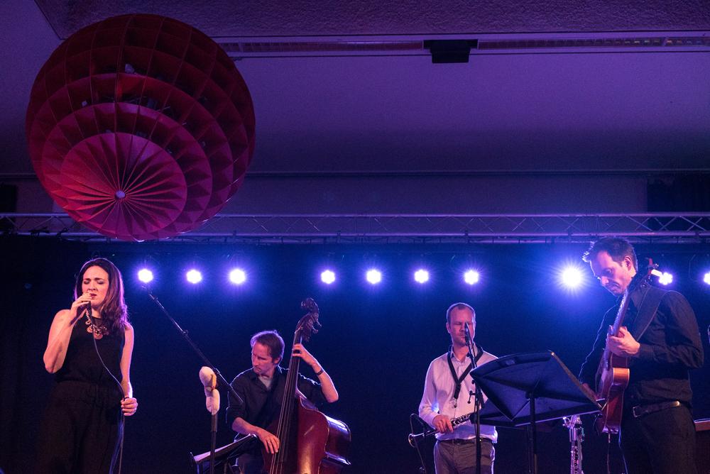 Becca-Stevens_Chambertones_JazzFest-Amsterdam-2018-Foto-Sophie-Conin JazzFest verrast weer met veelzijdige programmering