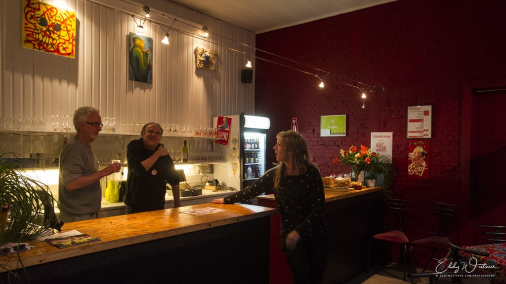 Rataplan-INTERIEUR_20180328_EWS6724_PHOTO-©-EDDY-WESTVEER-1024x576 Rataplan parel met huiselijke clubsfeer in Borgerhout