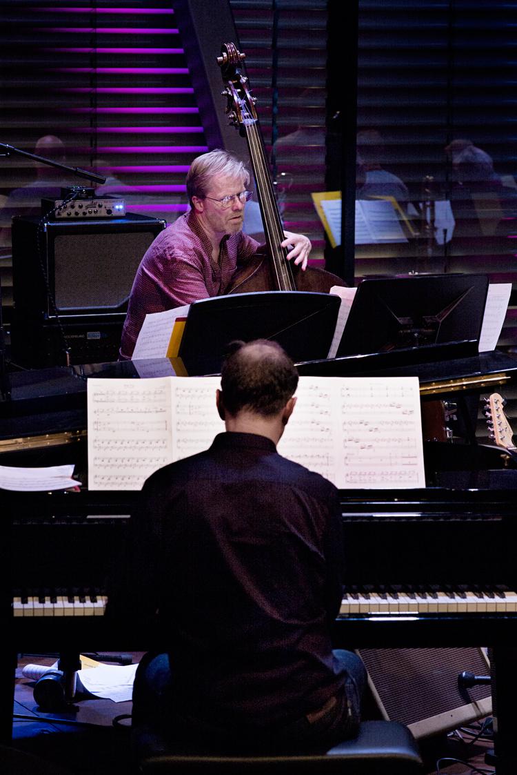Sjeng-Schupp-en-Leo-Bouwmeester-Foto-Gemma-van-der-Heyden-JazzNu.com_ David Kweksilber Big Band mag nu even op sabbatical