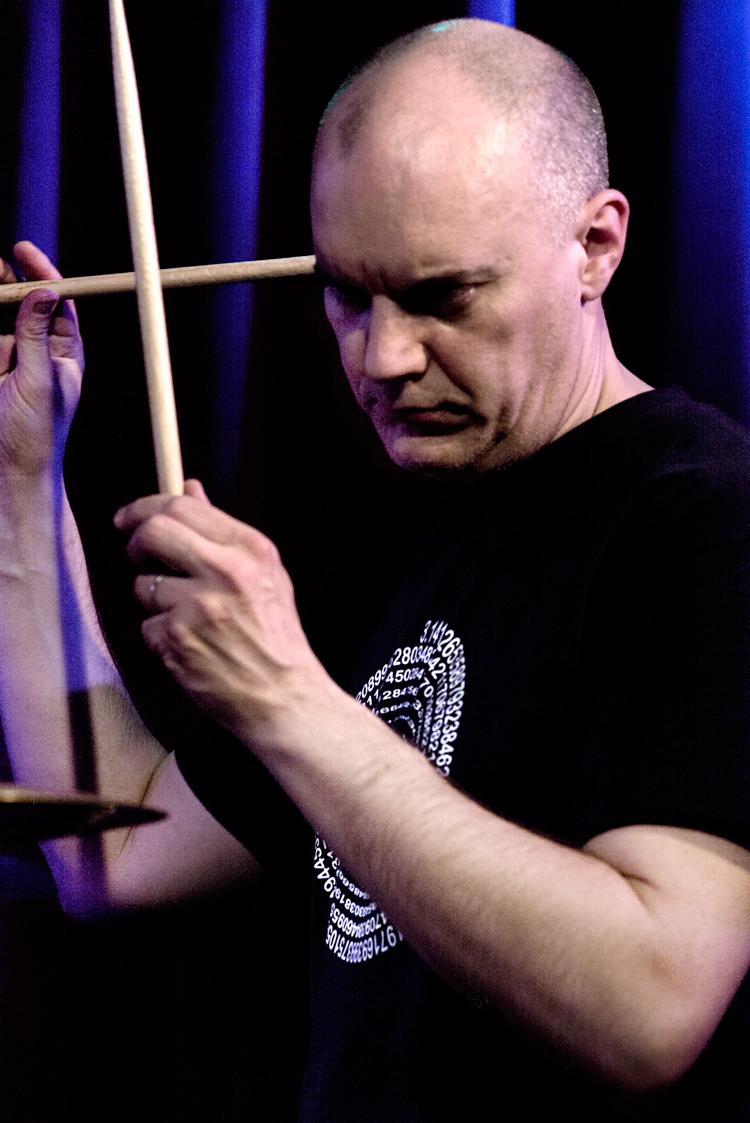 Stéphane-Galland-Foto-Gemma-van-der-Heyden-JazzNu.com_ Aka Moon: de lokroep van drie muzikale genieën