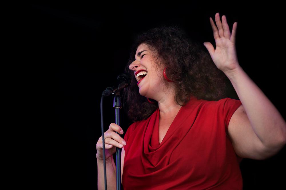 Dinant-Jazz-Barbara-Wiernik-Foto-Jeanschoubs Festival Dinant Jazz rijst boven zijn eigen roem uit