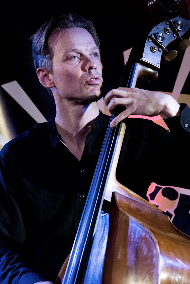 Jasper-Høiby-Foto-Gemma-van-der-Heyden-JazzNu.com-kopiëren Mondriaan Jazz Festival wil muzikale spiegel van nú zijn