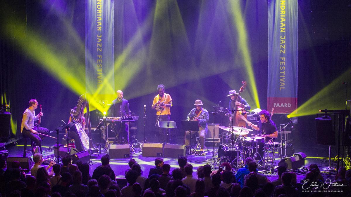 Makaya-McCraven-'Universal-Beings'_20181013_EW44271_PHOTO-©-EDDY-WESTVEER Mondriaan Jazz Festival kleurt weer buiten lijntjes