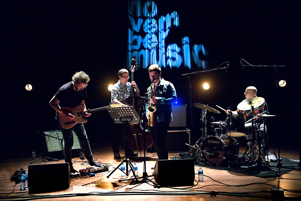 Jakob-Bro-Trio-en-Ben-van-Gelder-Foto-Gemma-van-der-Heyden-JazzNu.com_ November Music '18 weer sterk in onverwachte botsingen