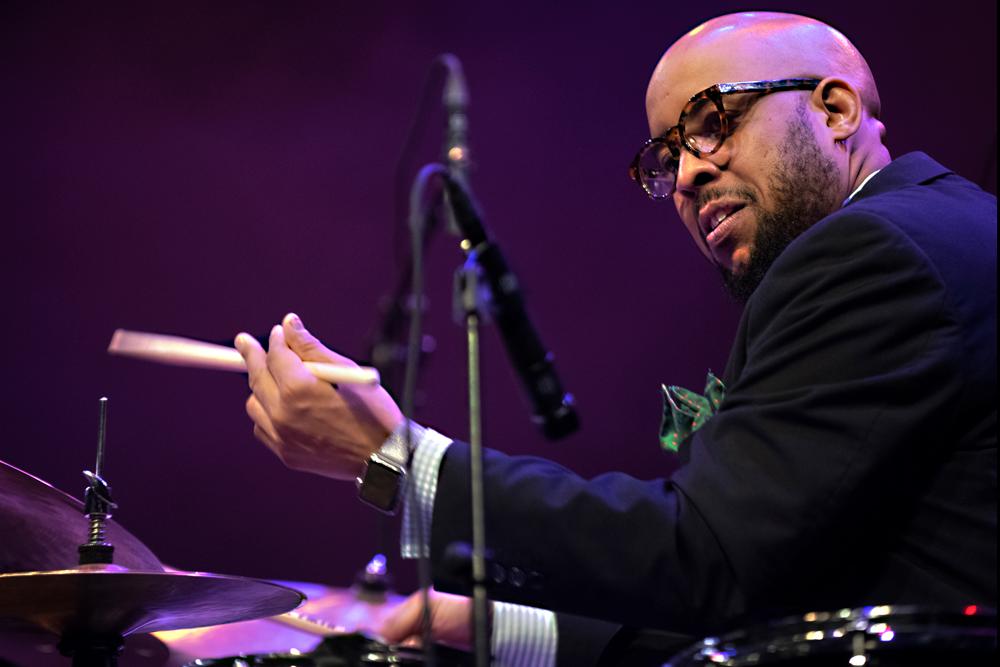 Jazzmeia-Horn-Quartet-Henry-Conerway-III-Foto-Jeanschoubs Jazzmeia Horn en Antonio Sanchez: jazz met boodschap