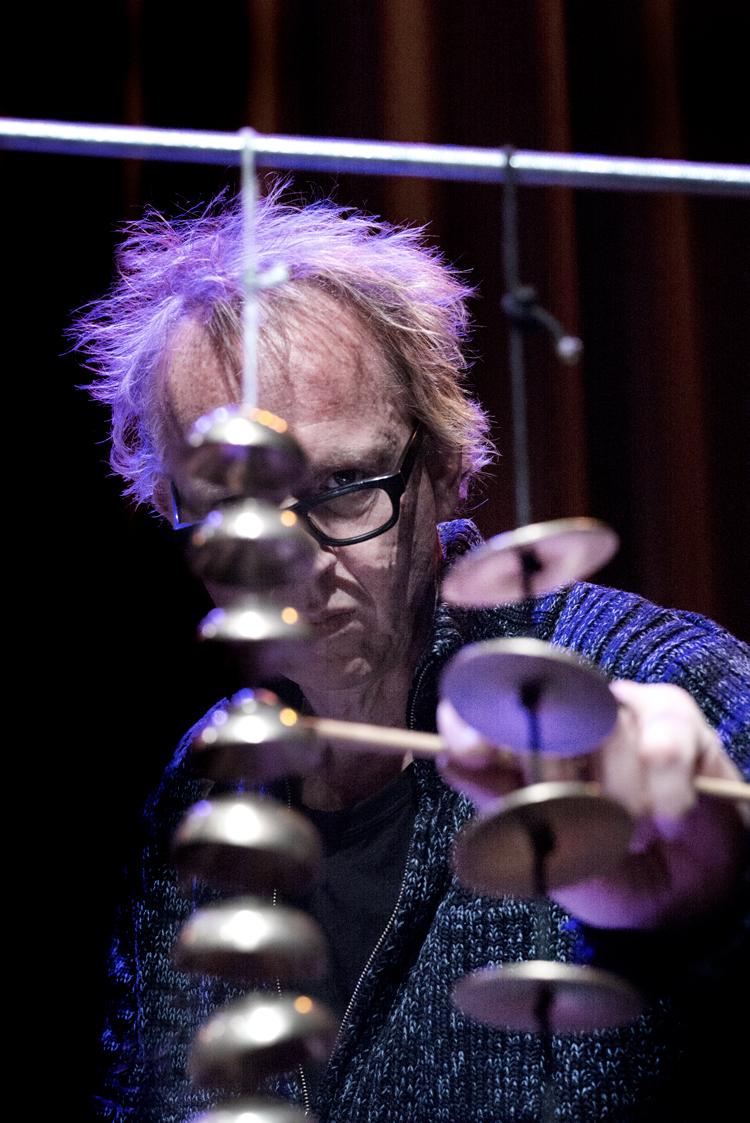 Joost-Lijbaart-Foto-Gemma-van-der-Heyden-JazzNu.com_ November Music '18 weer sterk in onverwachte botsingen