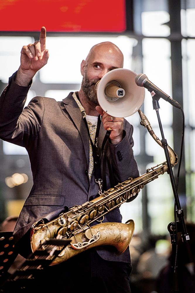 NRJO Rotterdam Jazz Orchestra legt karakter stad bloot