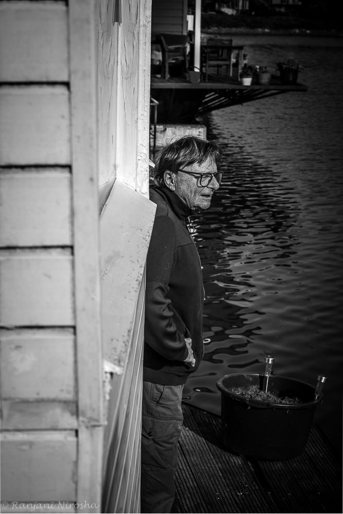 Pierre-aan-het-water Pierre Courbois zie je niet achter de geraniums