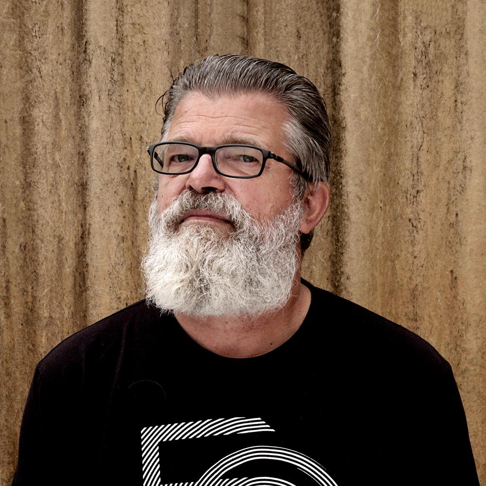 Bartho van Straaten, hoofdprogrammeur van muziekpodium Paradox.
