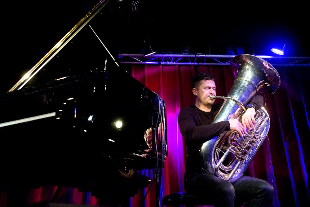 De tuba is bij Daniel Herskedal zowel een melodie- als ritme-instrument.