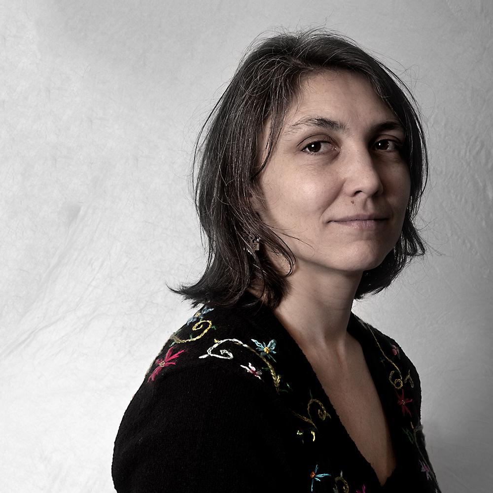 """Ada Rave: """"Ik ging free-jamsessies organiseren om de jazzscene en de improscene samen te brengen en vertelde er ook verhalen bij – over Derek Bailey, Pieter Brötzmann, Han Bennink."""""""