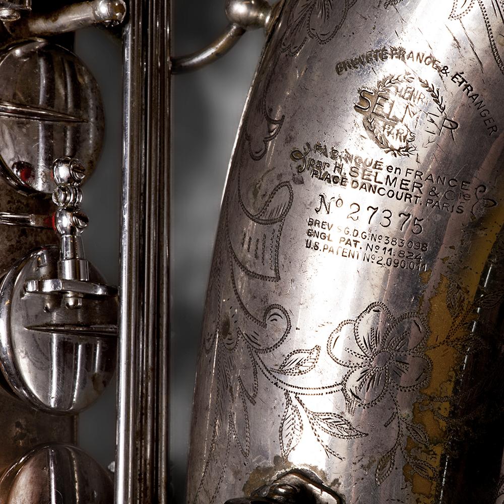 De tenorsaxofoon van Ada Rave is een Selmer Balance uit 1938.