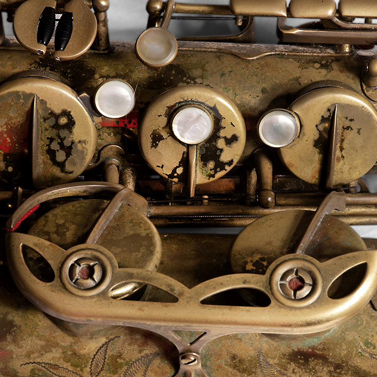 Saxofoon-Yuri-Honing-2-.-Foto-Gemma-Kessels-JazzNu.com_ Het eigengebouwde universum van Yuri Honing