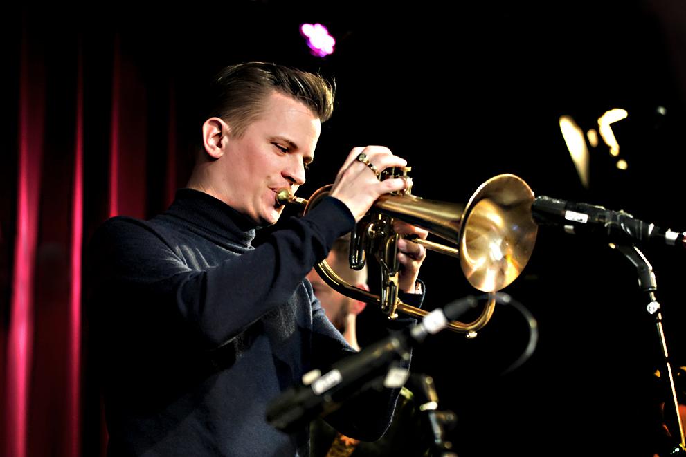 Teus-Nobel.-Foto-Tom-Beetz Paradox Jazz Orchestra staat meteen als een woudreus