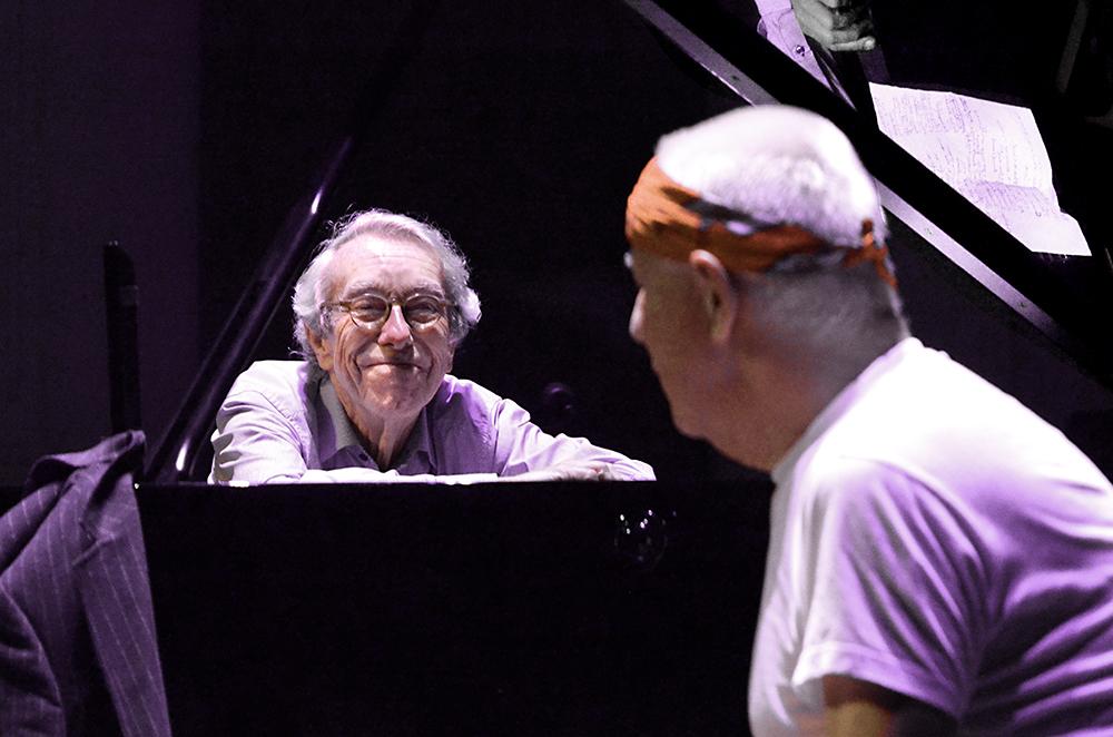 Louis-van-Dijk-en-Han-Bennink-2-.-Foto-Gemma-Kessels-JazzNu.com_ Louis van Dijk: bedreven en gedreven jazzmusicus
