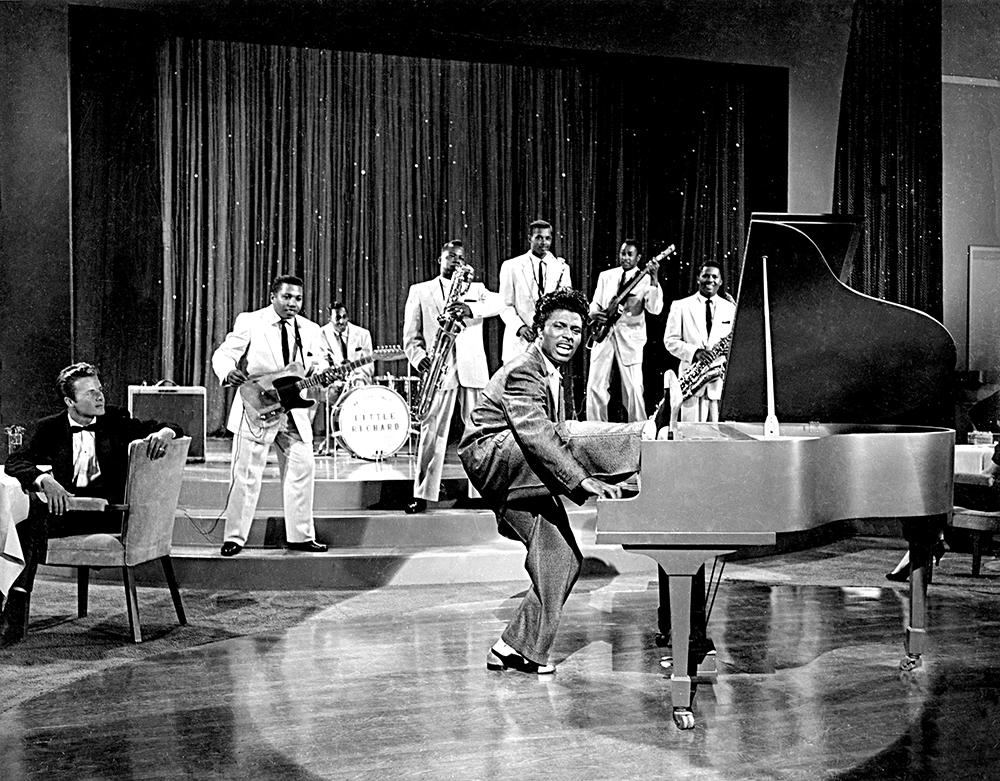 Little Richard trad in 1956 op in de speelfilm 'The Girl Can't Help It'. Foto uit Michael Ochs Archief