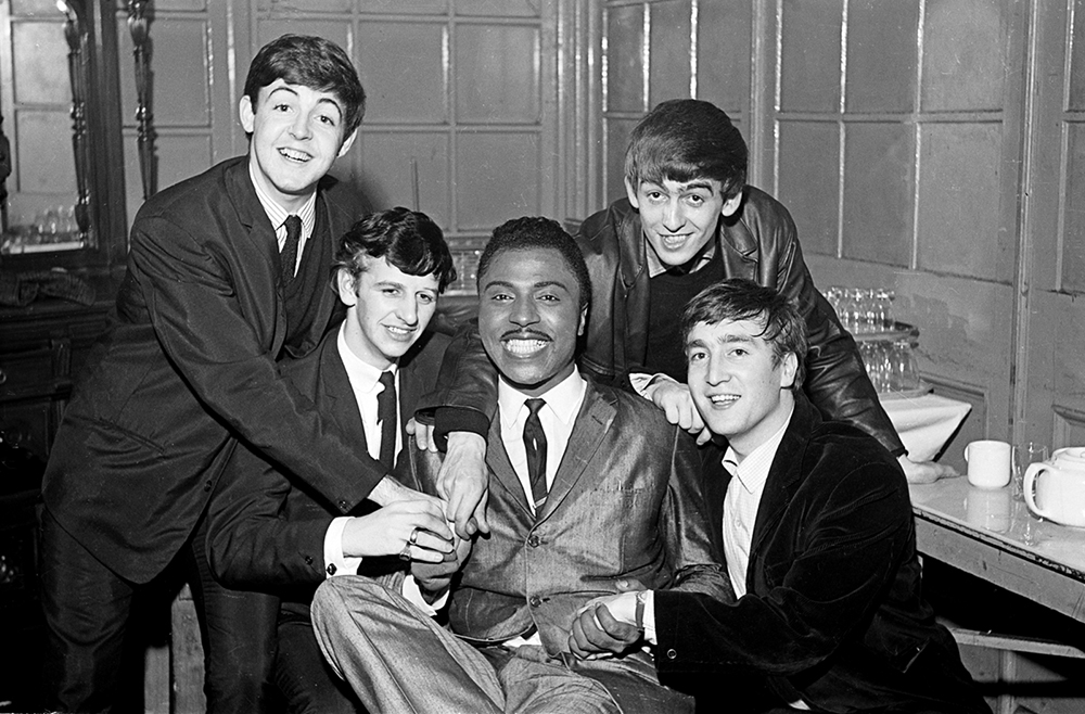 Little-Richard-en-The-Beatles.-Fotograaf-onbekend Little Richard, het breekijzer van de rock&roll, is dood