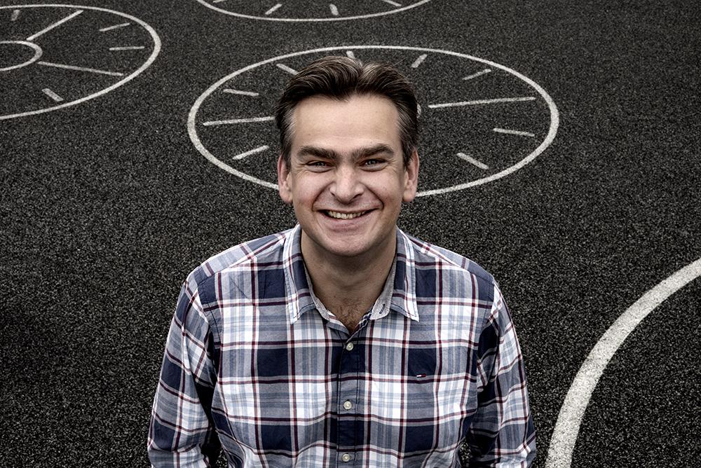"""Simon Rigter: """"Ik doe nu wat met Moving Motives, mijn boek dat gaat over hoe je toonladders kunt oefenen."""""""