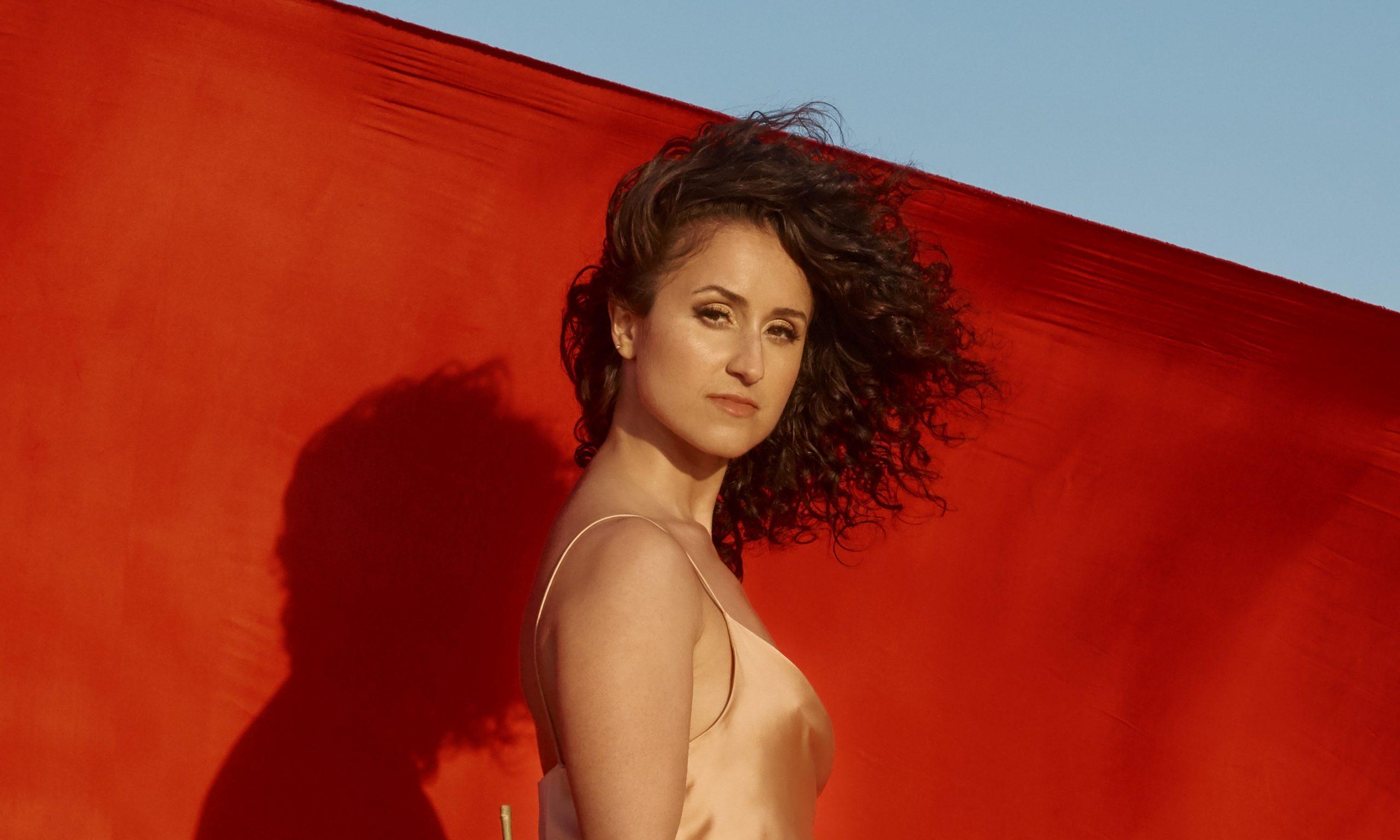 Maria Mendes... kwetsbaar, top, raak... Fotograaf onbekend